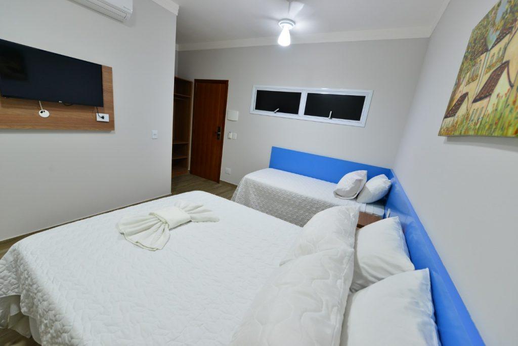 Novo Hotel Vinds em Ipatinga Quarto Triplo econômico